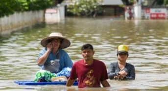 2.8 million affected by floods in Thailand