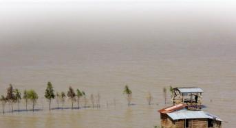 Cambodia Floods Begin to Recede
