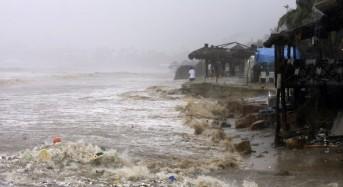 Mexico: Hurricane Raymond Could Dump 30cm of Rain
