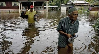 2 Dead After Floods in Malaysia