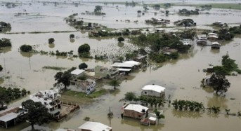 Ecuador: Flooding in 3 Provinces