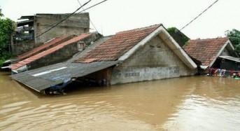 4 Dead in Jakarta Floods