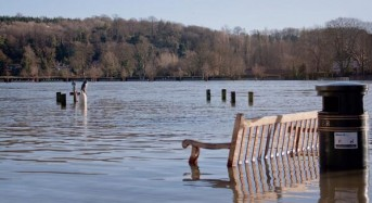 Floods Still Threaten South England