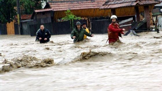 http://floodlist.com/wp-content/uploads/2014/04/floods-romania.jpg