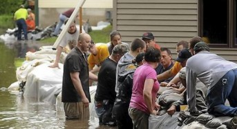 High River Levels Threaten Further Floods in Midwest