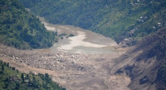 Nepal River Blocked by Landslide a Reminder of Post-Quake Dangers