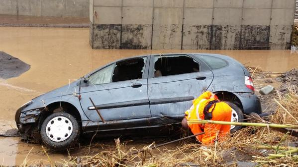 floods tenerife car 2014