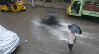 Northeast Monsoon Floods Claim 5 Lives in Southern India