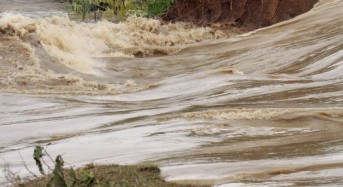 Zimbabwe – Hundreds Evacuated After Floods in Matabeleland North Province