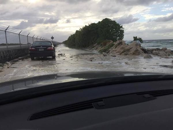 king tide floods Majuro