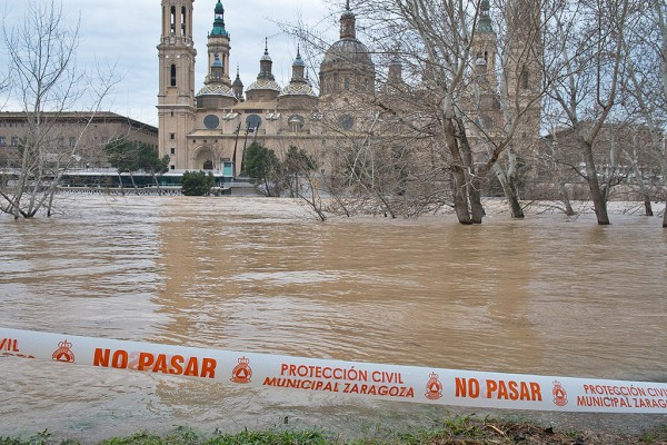 floods zaragoza spain march 2015