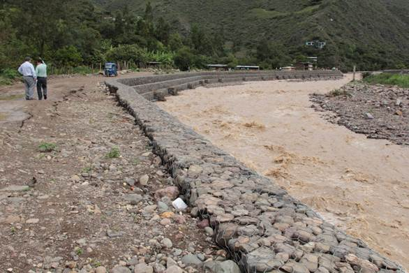 Improved river embankments along the Rimac river, Peru. Photo: Practical Action
