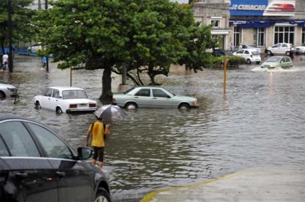 Floods in Havana, Cuba, 30 April 2015. Photo credit: Juvenal Balán / Granma