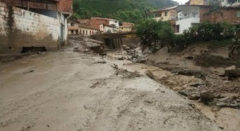 Dozens Feared Dead after Massive Floods and Landslide in Salgar, Colombia