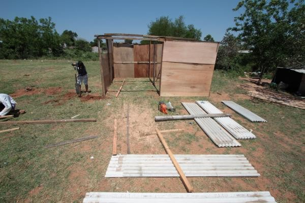 Shelters being set up for those threatened by floods in Asuncion, Paraguay. Photo: SEN