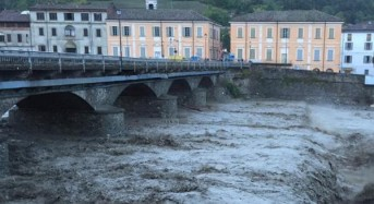 Italy Floods  – 330mm of Rain in 4 Hours –  One Dead and Two Missing in Piacenza