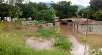 Floods Affect 1000s in Guatemala, Belize and Mexico