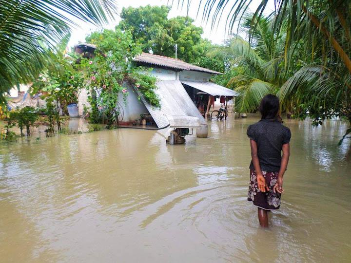 Sri Lanka Floods – 1 Dead and 2,600 Displaced after 230 mm ...