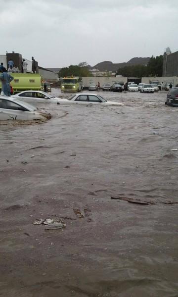 Floods in Jeddah, 17 November 2015. Photo: Saudi Arabia Civil Defence