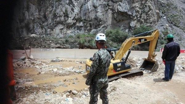 peru floods military