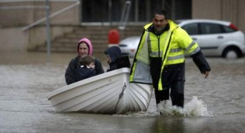 Spain – Hundreds Evacuated After Floods in Galicia