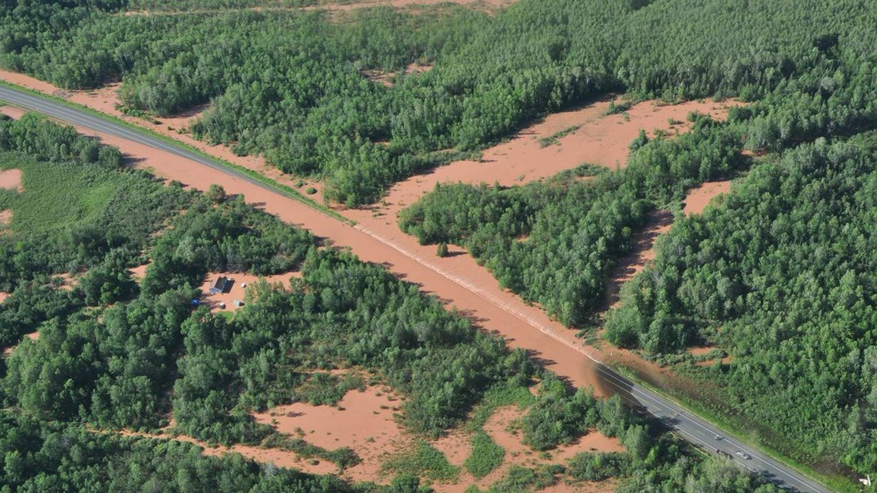 USA  Deadly Floods In Wisconsin And Minnesota After Mm Of Rain - Five us counties