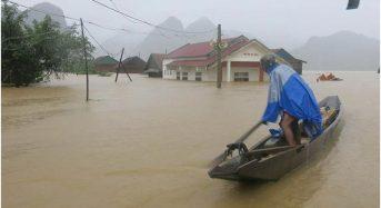 Vietnam – Death Toll Rises as Floods Affect 13 Provinces