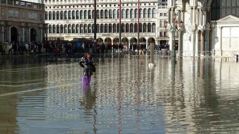 Floods in Venice, November 2010. Photo: A.Currell / Flickr, https://www.flickr.com/photos/23748404@N00/ https://creativecommons.org/licenses/by-nc/2.0/ CC BY-NC 2.0