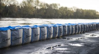 Hesco Supplies Temporary Flood Barriers to UK's Environment Agency