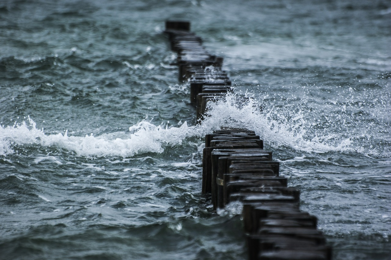 uk storm surge causes flooding along england 39 s east