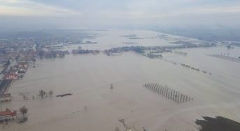 Italy – Hundreds Evacuated as Rivers Reach Record Levels in North