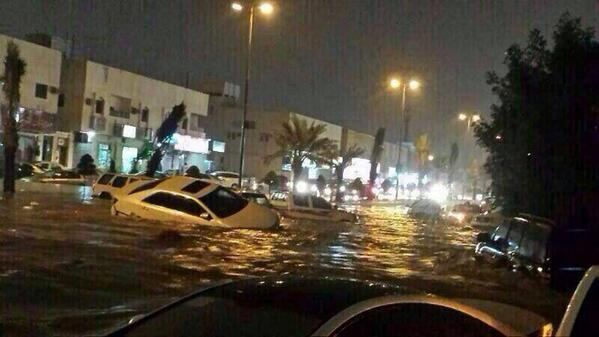 Cars turned over during the Riyadh Floods. Photo: twitter.com/milo1830