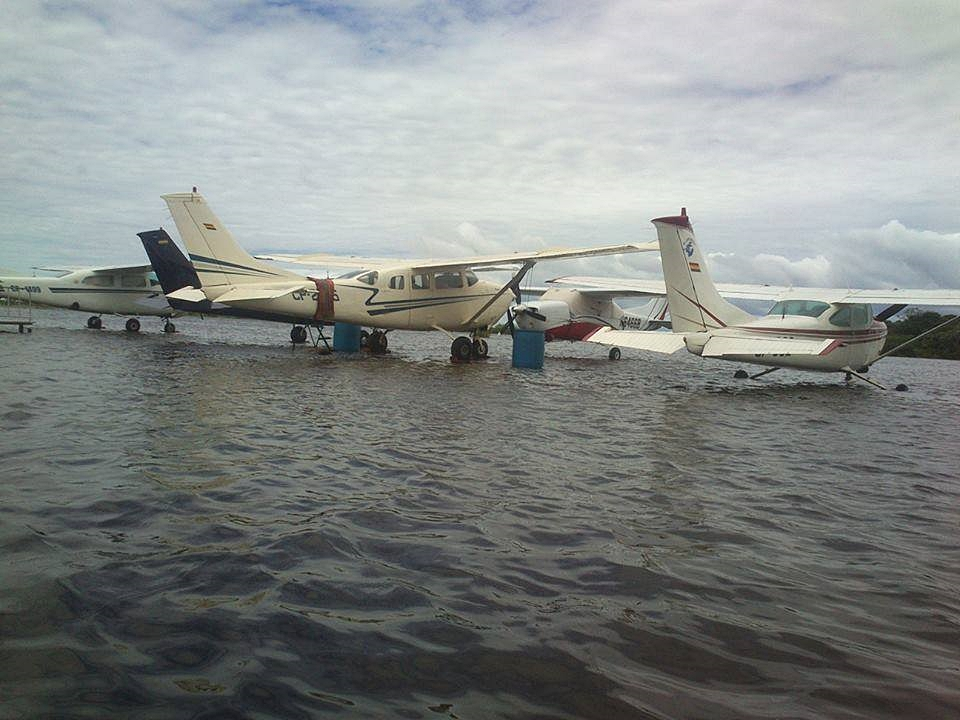 airport flooded in bolivia 2
