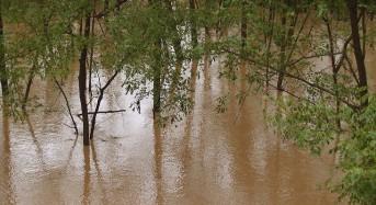 China – Over 60,000 Evacuate Floods in Jiangxi