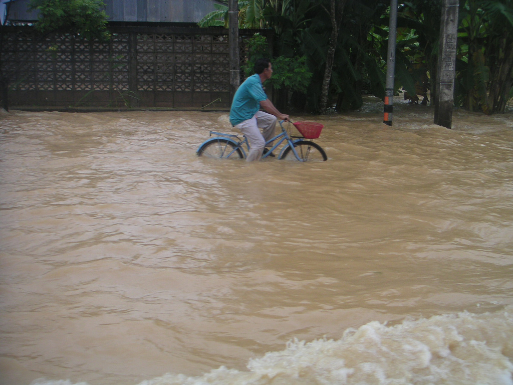 Flooding Affects 200 Families in Lampang Province ...