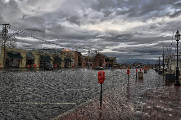 King Tide, Annapolis MD, 2012. Amy McGovern, Eldersburg, MD, Flickr / Creative Commons https://www.flickr.com/photos/55229469@N07/