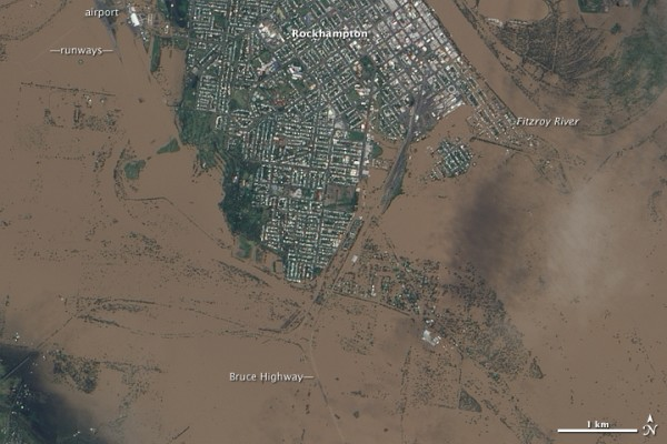 Rockhampton, Queensland, under water 2011. The location of the airport is marked towards the top left. Image: NASA