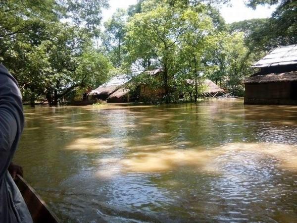 myanmar floods august 2015 - MTI 2
