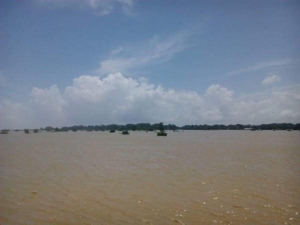 myanmar floods august 2015 - MTI 3
