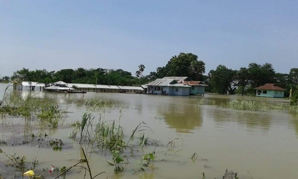 myanmar floods august 2015 - MTI 4