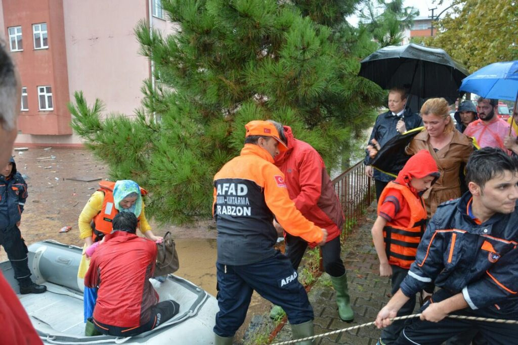 Flood rescues in TRabzon, Turkey, September 2016. Photo: AFAD / Government of Trabzon