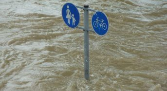 France – Thunderstorms Trigger Flash Floods, 50mm of Rain Falls in 1 Hour