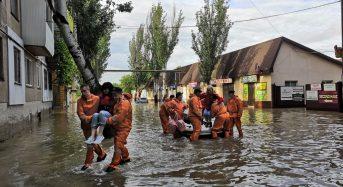 Crimea – Over 1,300 Evacuated After Severe Flooding