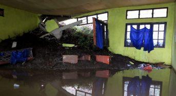 Indonesia – 2 Dead After Floods and Landslides in 5 Provinces